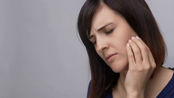 glande salivaire lithiase salivaire traitement calcul salivairecause chirurgien maxillo facial stomatologue seine et marne stomatologue pontault docteur ranoarivony